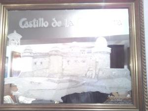 Tallado del Castillo de La Calahorra sobre Cristal.